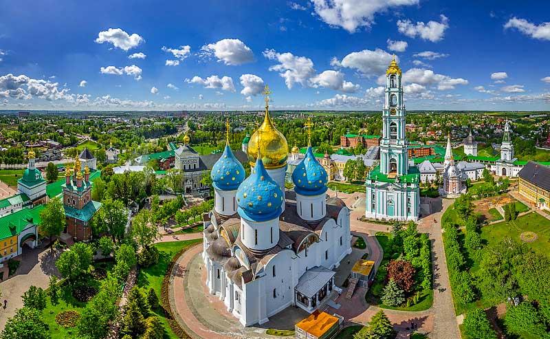 Visit Sergiyev Posad Monastery