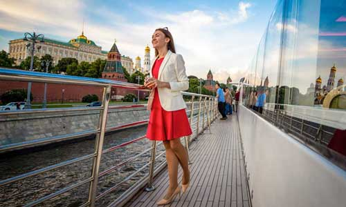 Put-in tours seminars - team building - corporate events - cruise Moskva Moscow