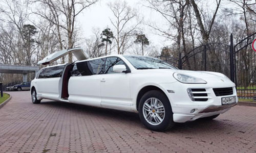 Put-in tours stag - bachelor party limo Moscow