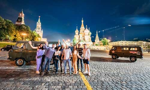 Put-in tours seminars - team building - corporate events - night city tour Moscow